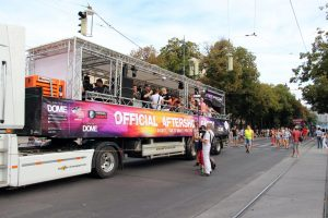 160904_Streetparade_Truck